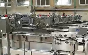 pouch dispenser machine for instant noodle packing line